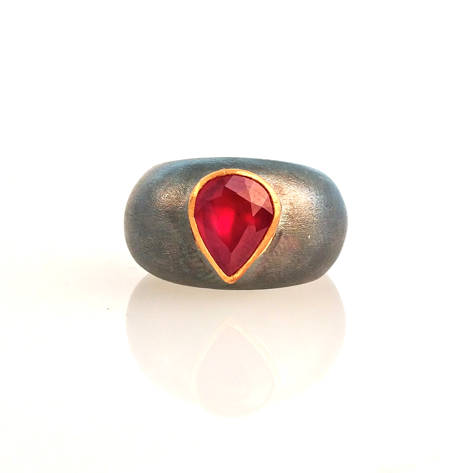 red ruby ring 24k gold by mehmet unver